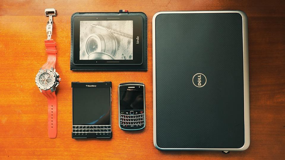 Dell e7250 vs. e7240
